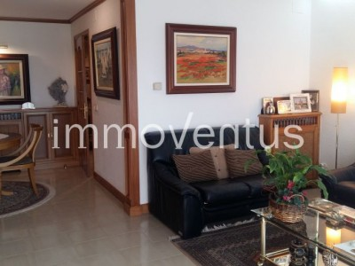 House for sale in Palamós with large garage, terraces and in perfect condition