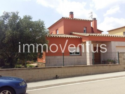 House for sale in Vall-Llobrega